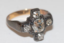 The engagement ring that Kierkegaard had remade after he broke off his engagement to Regine Olsen.