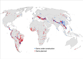 Worldmap showing planned dams and dams under construction.